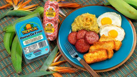 Desayuno dominicano tradicional