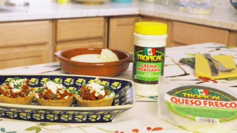Canastitas de Tamal con Chorizo y Queso